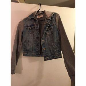 Denim/sweatshirt style cropped jacket NWOT