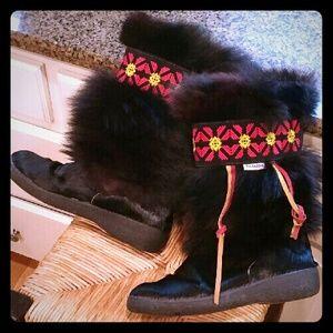 Stunning Pajar fur boots