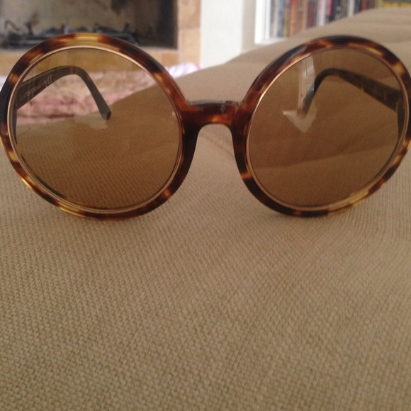 948d2e3749 Authentic Tom Ford Carrie oversized sunglasses. M 581a18cb713fdeaf0505bd00
