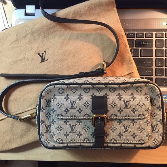 00577df95fa0 Louis Vuitton Handbags - RESERVED FOR LISA ~Louis Vuitton Mini Lin Juliette