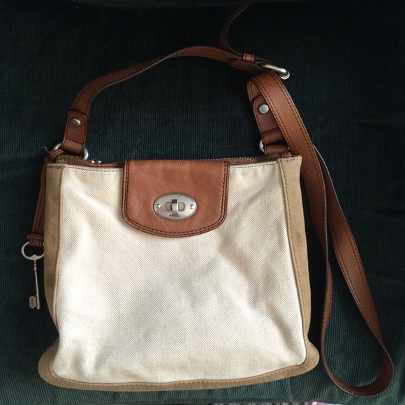 0918c2661329 Fossil Handbags - Fossil canvas leather crossbody purse
