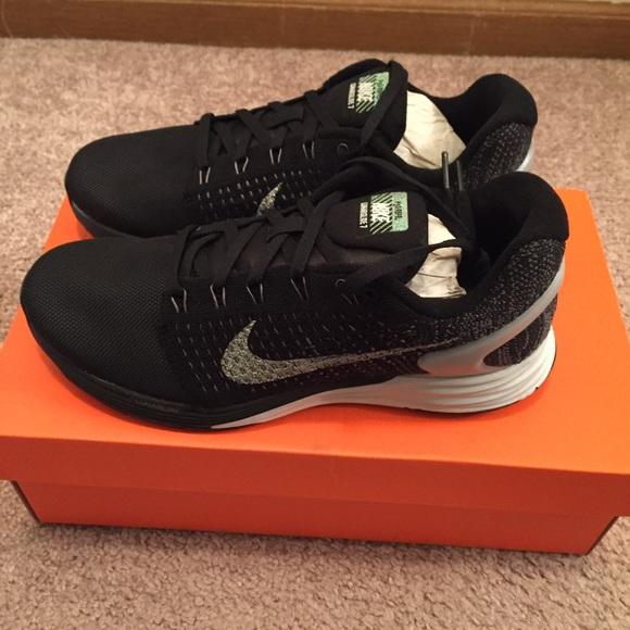 ff478f140952 Nike Lunarglide 7 Flash Running Shoe Size 7.5