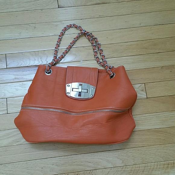 imoshion Handbags - Imoshion orange bag with silver chain c6773b89fb