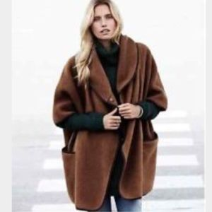 NEW H&M wool blend cape Small value $148