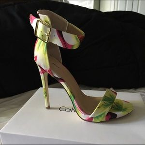 Shoes - BRAND NEW Stunning FLORAL STILETTO SANDALS