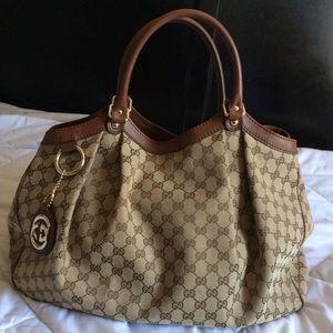 4de338fa8120 Gucci Bags | Large Sukey | Poshmark