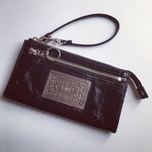 Coach Poppy Black Patent Leather Zippy Wristlet