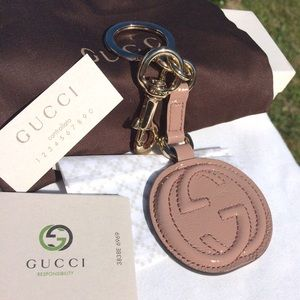 Gucci Accessories - ❤️️FINAL PRICE❤️️🆕Gucci Large leather Keychain
