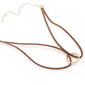 Jewelry - NEW✨✨ Brown Gold Ring Choker 😍✨✨