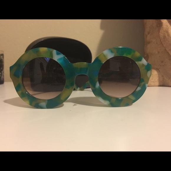 3b2834d0a2 Wildfox Twiggy Deluxe Sunglasses. M 581a8c716a58304b7d004fb6