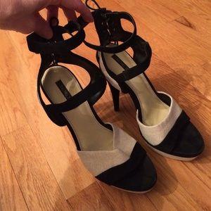 Rachel Zoe tassel heels size 9