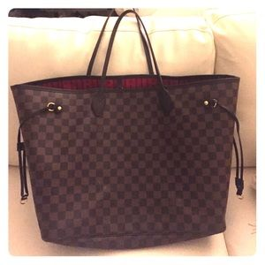 Louis Vuitton Handbags - Louis Vuitton Neverfull GM