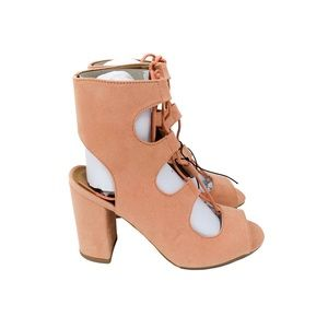 Qupid Shoes - Faux suede lace up ankle strap chunky heels
