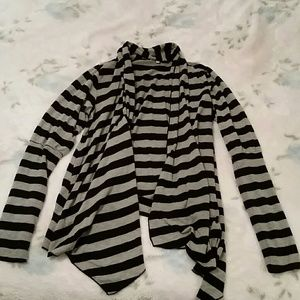 Black and grey stripe draped front top
