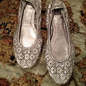 J. Crew Shoes - J Crew Silver Leather Perforated Ballet Flats