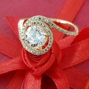 Jewelry - 14k yellow gold Engagement ring Round cut