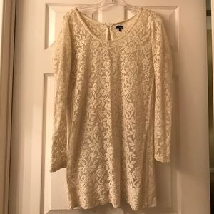 Lace white long sleeve dress