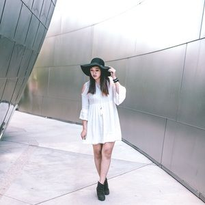 Dresses & Skirts - White Lace Dress with Shoulder Cut-Outs