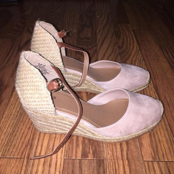 2378323e470 H&M wedge heel espadrilles