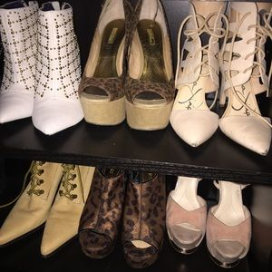 Please tell me which shoes you are interested in