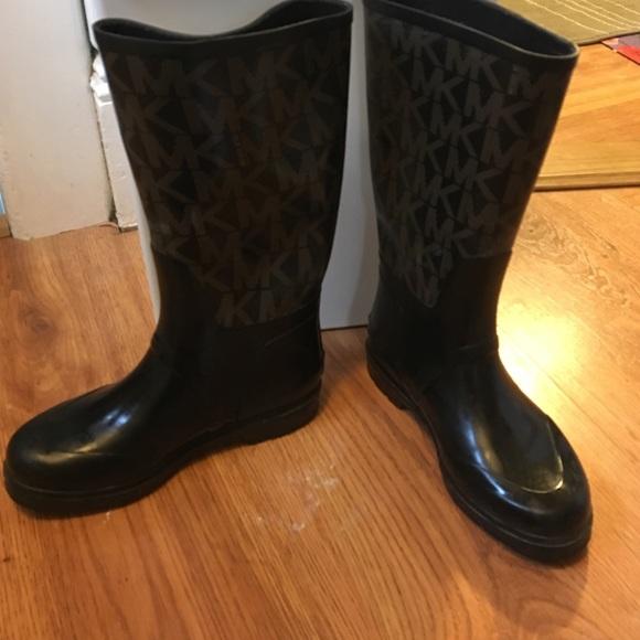 Michael Kors - Michael kids tall rain boots from Shannon's closet ...