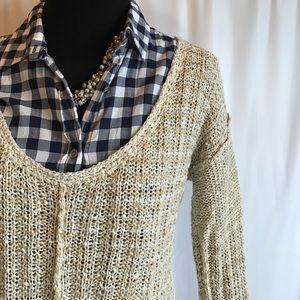 Free People Sweaters - Free People beige knit v-neck sweater sz. Medium