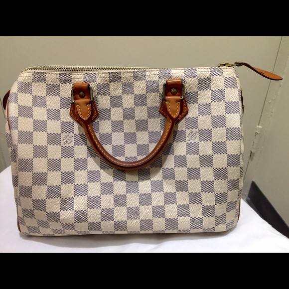 12066c29d8b1 Louis Vuitton Handbags - Louis Vuitton Speedy 25 White Damier Azur City Bag