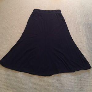 Navy blue knit Cabi skirt