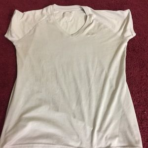 Under Armour Tops - Under Armor Grey Workout Tee