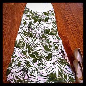 Dorothy Perkins Dresses & Skirts - Beautiful NWT Dorothy Perkins maternity maxi skirt