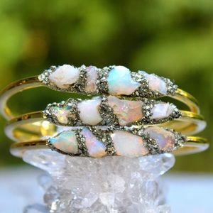 lea spirit Jewelry - Handcrafted Rough OPAL birthstone silver bracelet