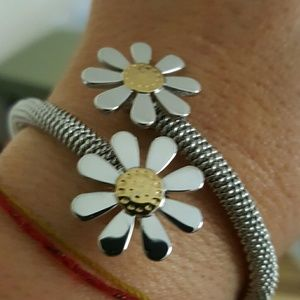 Jewelry - Gold silver stainless steel daisy bracelet cuff