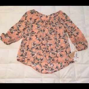 Tops - NWT Copper Key floral top