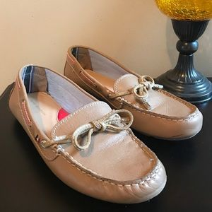 Shoes - Tommy Hilfiger Soft Bottomed Loafers Size 10
