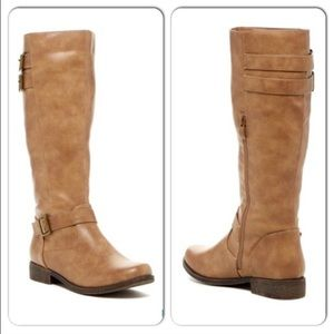 Shoes - ⭐️LAST PAIR - 6⭐️NIB Taupe/Tan Strap Riding Boots