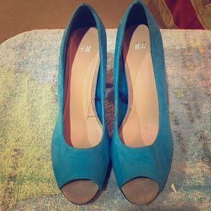 Blue shoe!