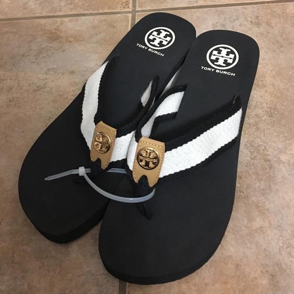 20c7f85ba1b57b Tory Burch Frankie Wedge Sandal Flip Flop Slides 8.  M 581bd3082ba50ae9ab02be79