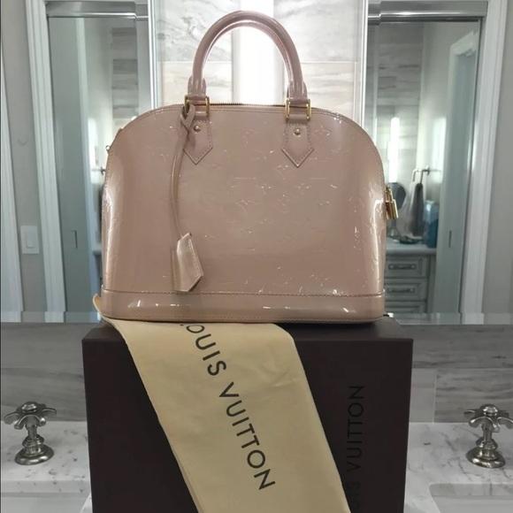 8db2bb2361e Louis Vuitton Handbags - Louis Vuitton Vernis Alma PM Nude