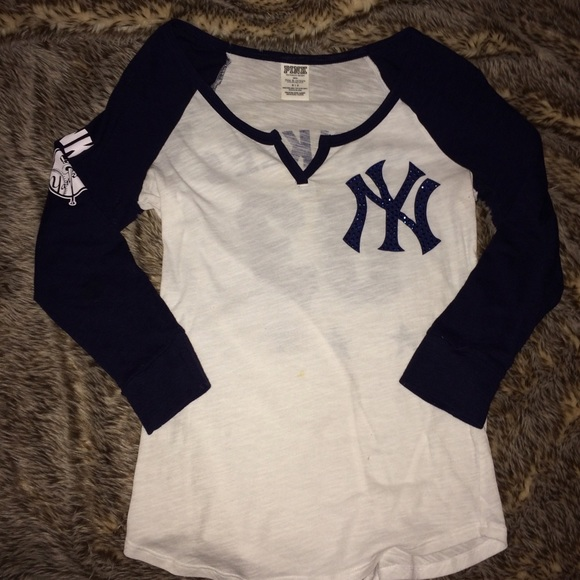 PINK limited edition Yankees raglan tee f59a9db96b1