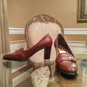 Etienne Aigner Oxford High-Heeled Leather Loafer