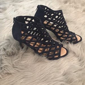 Sole Society - Portia Caged Navy Sandal