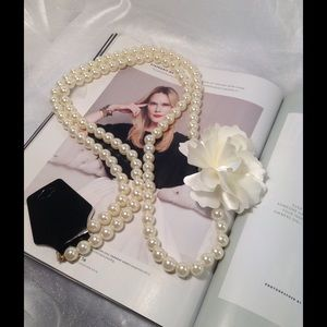 Boutique Jewelry - Pearl Strand with Flower Accent