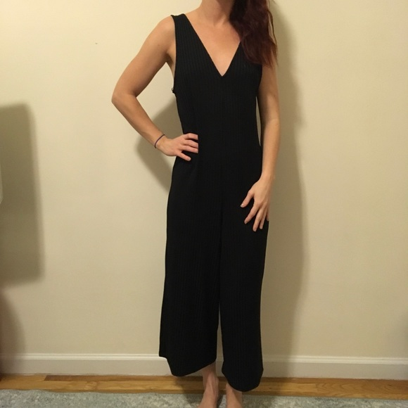efffb726502 Zara Black Ribbed Stretchy Wide Legged Jumpsuit. M 581c08ddf739bcaf5c00ee05