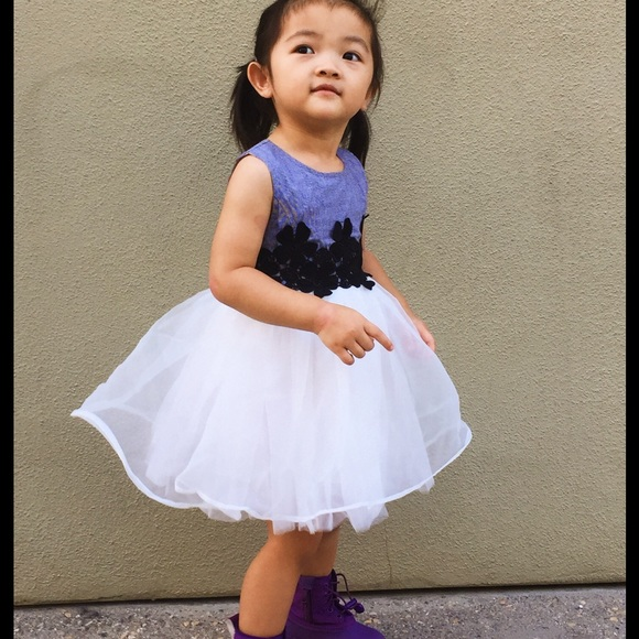 41b2fc586a4 Girl Embroidered flowers Tulle Dress