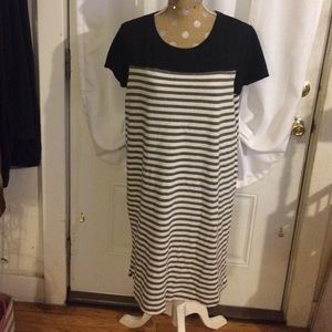 Merona Dresses & Skirts - Black and white striped dress