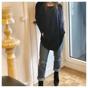Sweaters - Side pocket loose fit sweater