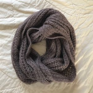 Cotton On perfect condition infinity scarf!