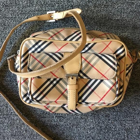 a66c04704c5e Burberry Handbags - VINTAGE Burberry NOVA CHECK CROSS BODY bag!
