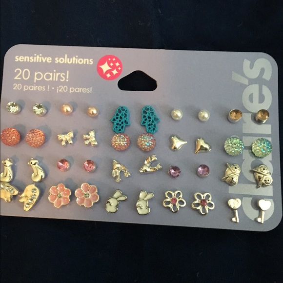 190efea9bc2d7 20 pairs of sensitive solution Claire's earrings NWT