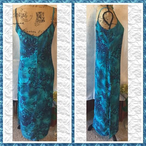 Dresses - 👄 Sexy Maxi Dress